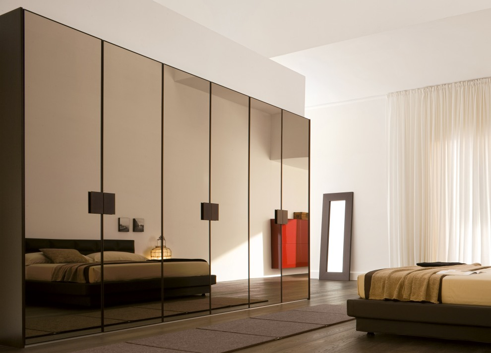 Wardrobe Designs With Mirror For Bedroom