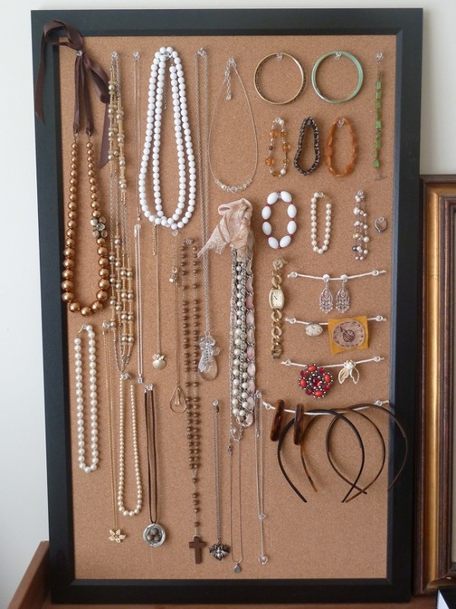 Space saving ideas for a tiny wardrobe raven tao big for Cork board pin display