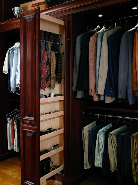 Best storage tips for small hong kong apartments raven for Apartment wardrobe design